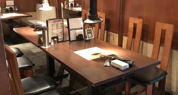 焼肉食べ放題ブイブリアン テーブル席2